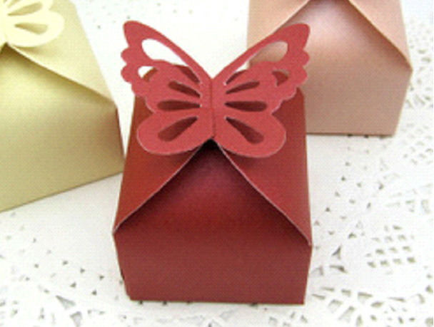 wedding favour box 04 burgundy.jpg