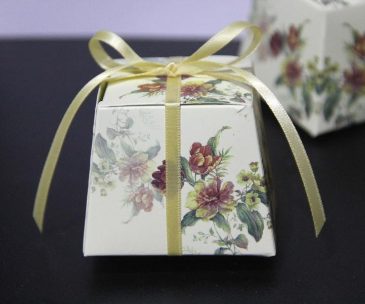 wedding favour box 06 cream-2.jpg